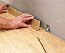 Установка деревянных плинтусов цена