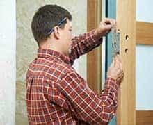 Замена дверного замка цена